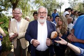 Cañete y Valenciano irán al debate pese a reprocharse el intentar eludirlo