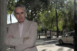Jáuregui plantea disolver cortes a finales 2015 y reformar la Constitución