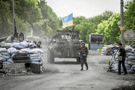 Milicianos prorrusos matan a siete soldados ucranianos en una emboscada