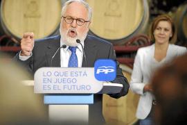 Cañete siembra la polémica al sugerir superioridad intelectual sobre Valenciano