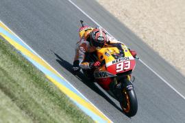 Márquez no encuentra rivales en Le Mans, donde Lorenzo saldrá sexto
