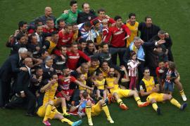 El Atlético, campeón de Liga tras empatar contra el Barça