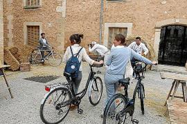 El espíritu 'vintage' llega al municipio sobre ruedas y bajo la lluvia