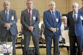 La excúpula de Caixa Penedès defiende que sus millonarias jubilaciones «eran legales»