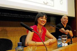 Irene Villa sostiene en Palma que la vida «es sonreír a la adversidad»