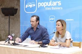 El PP dice que la oposición sólo quiere «manchar» con la farmacia de Bauzá