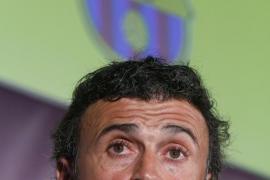 Luis Enrique llega al Barça prometiendo «un año de cambios»