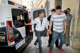 El juez envía a la cárcel al okupa que apuñaló a otro en la Plaça d'Espanya