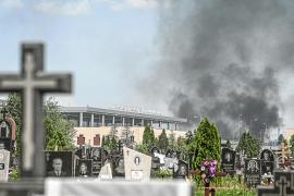 Combates entre las tropas y los rebeldes en el aeropuerto de Donetsk