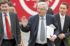 Juncker, emplazado a buscar una mayoría para presidir la Comisión Europea