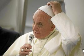 El Papa deja la puerta abierta a que los sacerdotes se puedan casar