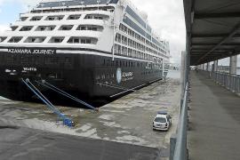 El puerto recibe su segundo crucero este año y espera cuatro más en 2015