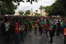 Un mar de lazos se alza en favor del catalán