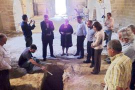 La iglesia de Santa Anna de Alcúdia esconde un templo del siglo XIII