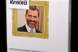 Una empresa lanza servilletas conmemorativas con la imagen del Príncipe y doña Letizia