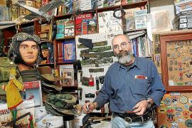 Pujadas compraba armas inutilizadas y las preparaba para su uso con fuego real