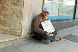 El Ajuntament destina 350.000 euros más a pagar ayudas urgentes en junio