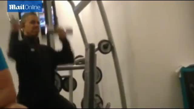 Un vídeo robado de Obama haciendo pesas en el gimnasio revoluciona Internet