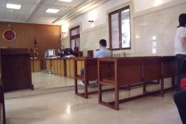 Un joven de 20 años confiesa que violó a su sobrino de seis en Son Banya