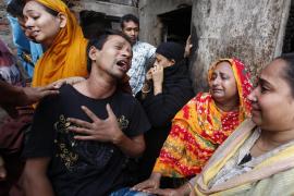 Al menos 109 muertos en un incendio en el casco viejo de Bangladesh