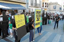 Una 'revolta' por la educación llenará de verde el desfile de carrozas y comparsas