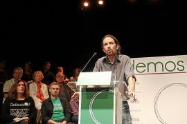 Las bases de Podemos se enfrentan a los fundadores y piden primarias abiertas