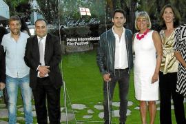 Cóctel de la Embajada de Suecia con el actor Paco León