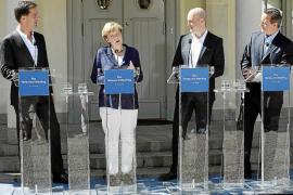 Merkel, dispuesta a sacrificar a Juncker por un candidato de consenso