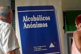 Alcohólicos Anónimos: vivir luchando por la sobriedad