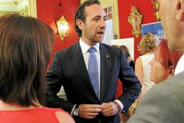 El Govern ultima un plan para que Bauzá siga en el cargo si es declarado incompatible