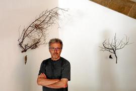 Las obras de Luis Maraver median «un diálogo» con el Palau d'Aiamans