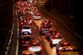 Un choque en cadena colapsa el túnel de Génova