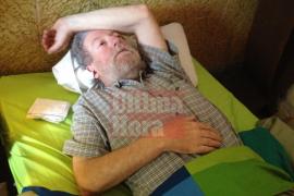Jaume Sastre deja la huelga de hambre,  pero la reivindicación docente continúa