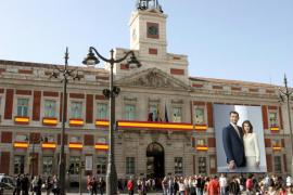 La Puerta del Sol luce una imagen gigante de los nuevos Reyes