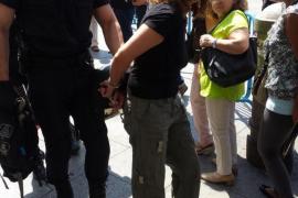 Tres personas defensoras de la república detenidas en Madrid por resistencia a la Policía