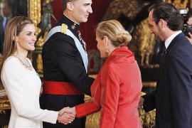 Numerosos invitados mallorquines acuden a la recepción oficial de Felipe VI