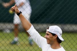 Nadal supera a Robredo en su preparación para Wimbledon