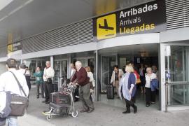 Los sindicatos insisten en su rechazo a la privatización de Aena