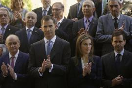 Los Reyes dedican su primer acto oficial a apoyar a las víctimas del terrorismo