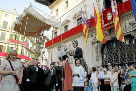 Menos público en la procesión del Corpus
