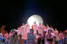 'Turandot' cierra la temporada de ópera y se va de gira por Catalunya
