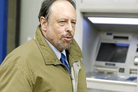 Luis Fraga admite que Bárcenas le dio 9.000 euros «en metálico»