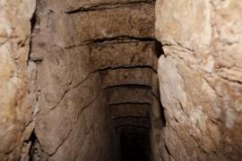 Buscan una escalera que podría unir el Castell de Bellver con las cuevas