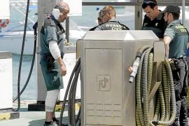 Tres guardias civiles, heridos en la Colònia de Sant Jordi tras una deflagración en su lancha