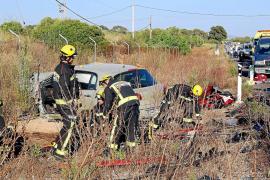 Una mujer fallece en una colisión entre cuatro coches en la carretera de Campos