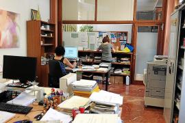 Los empleados municipales de Santa Eugènia serán funcionarios, excepto los de la escoleta