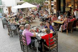 Restaurantes en casas particulares hacen la competencia a la oferta legal