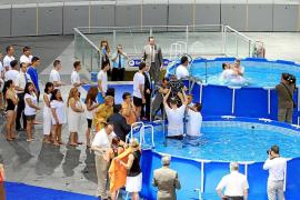 Bautizo multitudinario de los testigos de Jehová