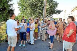 Unas 50 personas participan en la excursión de la ronda norte