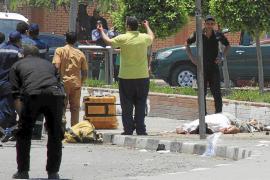 Mueren dos policías egipcios en el aniversario de las masivas protestas contra Mursi